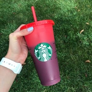 Starbucks Color Changing 2020 Cup Red/Purple